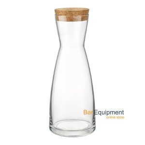 carafe with lid